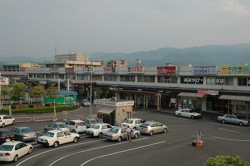高知駅2006.jpg